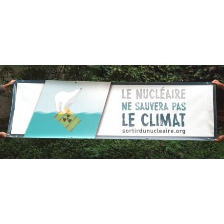 """Banderole """"Le nucléaire ne sauvera pas le climat"""""""